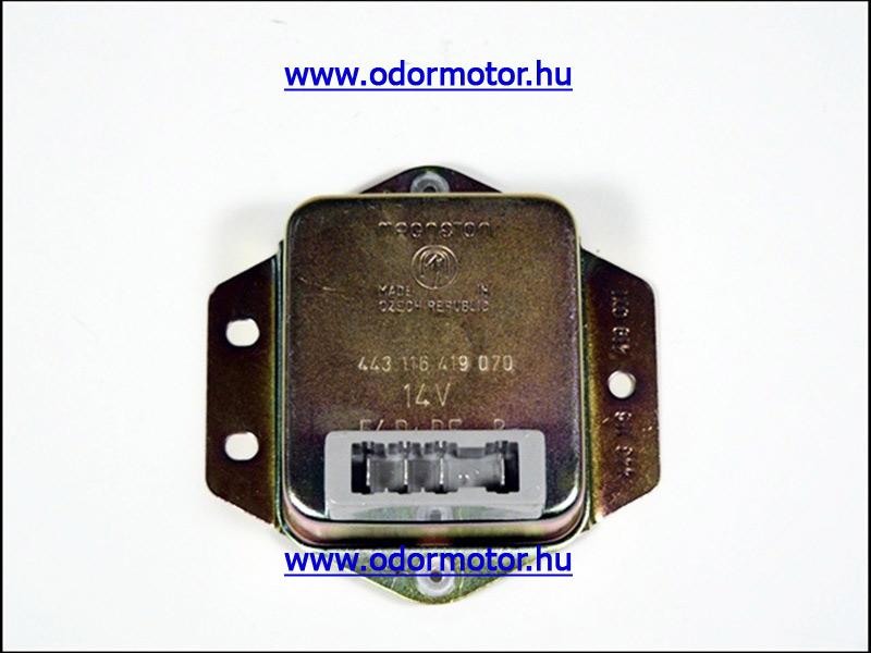 JAWA 350 12V FESZÜLTSÉGSZABÁLYZÓ 12V - 9090 Ft