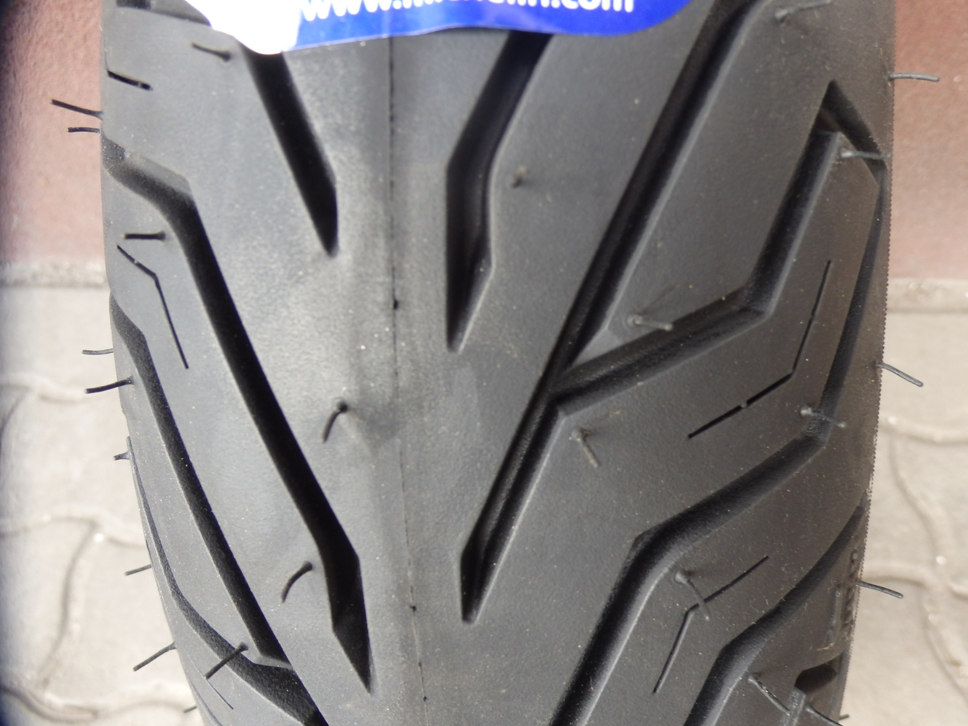 SUZUKI BURGMAN Gumi kŐpeny hátsó 130/70-13 Burgman 250-400 Michelin - 18600 Ft