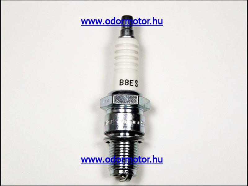 PIAGGIO COSA GYERTYA Cosa 200 FL EBC 12PS - NGK - B8ES - 1590 Ft
